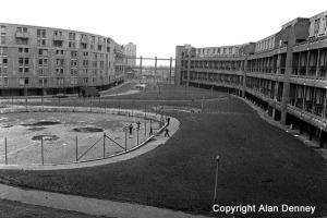 Hulme. Crescent Estate
